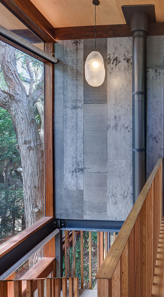 Treehouse Stairwell1